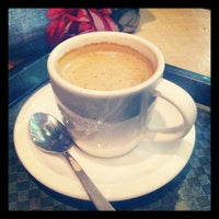 Photo taken at Starbucks by Borja O. on 11/16/2012