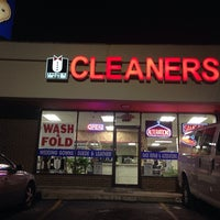 Photo taken at Tailor's Art Cleaners by Deeni on 2/16/2014