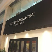 Photo taken at Oliver & Bonacini Café Grill, Yonge and Front by Dominus on 4/7/2013