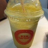 Foto tirada no(a) Tutti Frutti Frozen Yogurt por Maíra M. em 8/31/2015