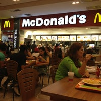 Photo taken at McDonald's by @PecadorConfesso H. on 1/19/2013