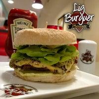 Foto tirada no(a) Lig Burguer Premium por Daniel C. em 1/17/2016