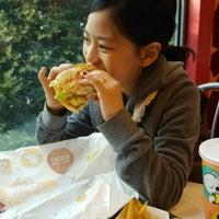 Photo taken at Burger Café America by Youngki k. on 4/2/2017