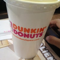 Foto tomada en Dunkin' Donuts por KnxDT el 10/6/2012
