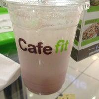 Photo taken at Café Fit by KnxDT on 7/28/2013