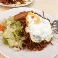 Photo taken at Gourmet Express by Dai S. on 6/7/2015