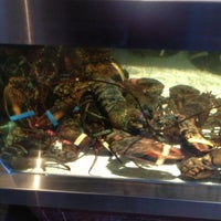 Photo taken at Red Lobster by Melissa on 3/30/2013
