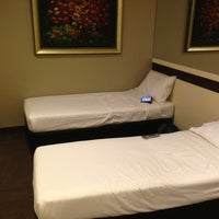 Photo taken at Hotel 81 Bugis by Kevin c. on 9/14/2013