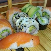 9/25/2012 tarihinde Christopher B.ziyaretçi tarafından Kioto Sushi'de çekilen fotoğraf