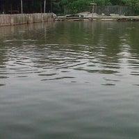 Photo taken at Pemancingan Telaga Hijau by d_sofiandi on 8/22/2013