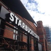 Photo taken at Starbucks by Johan L. on 8/24/2013