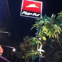 Photo taken at Pizza Hut by Wahid A. on 10/14/2012