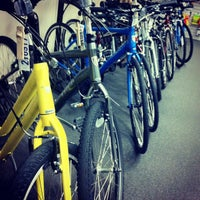 Photo taken at Missing Link Bicycle Cooperative by Tawny on 11/16/2012