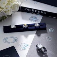 Photo taken at De Beers Diamond Jewelers by Vincent B. on 3/14/2015
