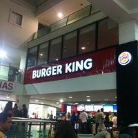 Foto tirada no(a) Burger King por Antonio H. em 4/12/2013