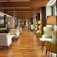 Photo prise au Anatolia Hotel par Alpay G. le10/15/2013