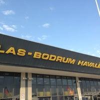 5/1/2013 tarihinde Sewincziyaretçi tarafından Milas Bodrum Havalimanı (BJV)'de çekilen fotoğraf