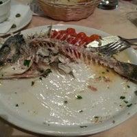 Foto scattata a Ambasciata di Capri da Alехander G. il 11/4/2012