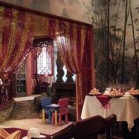 Das Foto wurde bei Китайский Двор von Alехander G. am 12/13/2012 aufgenommen