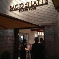 Foto tomada en Bacio di Latte por BACIOdiLATTE el 2/19/2013