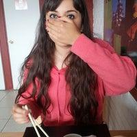 11/29/2012 tarihinde Enrique C.ziyaretçi tarafından Kioto Sushi'de çekilen fotoğraf