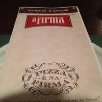 Foto tirada no(a) A Firma Pizzas por Paula Longo V. em 10/12/2012