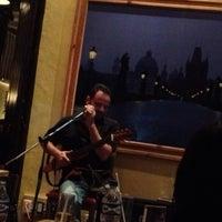 Foto diambil di 500 Noches Cafe-bar oleh Tania W. pada 6/16/2013