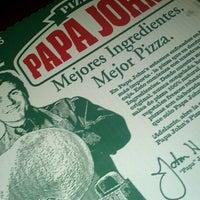 Photo taken at Papa John's by Felipe D. on 11/24/2012