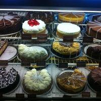 Das Foto wurde bei The Cheesecake Factory von Sergey R. am 4/27/2013 aufgenommen