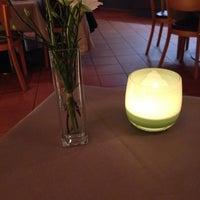 Foto scattata a Bistro im Schweizerhof da Torsten F. il 3/8/2014