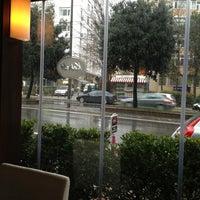 1/27/2013 tarihinde Hüseyin K.ziyaretçi tarafından Kebabi Restaurant'de çekilen fotoğraf
