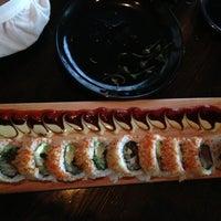 Photo taken at Sushi Dokku by Raum on 8/11/2013