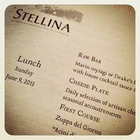 รูปภาพถ่ายที่ Osteria Stellina โดย Scott B. เมื่อ 6/9/2013
