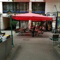 Das Foto wurde bei Boulevard Friedrichstraße von Stefan K. am 7/19/2016 aufgenommen