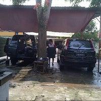 Photo taken at Hope Car Wash by Dodi I. on 5/17/2014