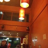 3/12/2012 tarihinde Tidtee N.ziyaretçi tarafından ร้าน Ti-Te'de çekilen fotoğraf