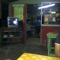 Photo taken at Roti Canai Ayie Special Seri Paya by Mikaielle on 11/4/2011