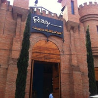 Photo taken at Museo Ripley by Sayra C. on 3/12/2012