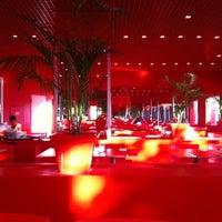 Photo taken at Kırmızı Restaurant by İyagiz on 10/5/2011
