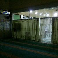 Photo taken at Surau Al-Madani Jalan 3 by zara r. on 9/9/2012