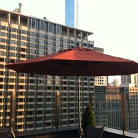 Photo taken at Inn Of Chicago, An Ascend Hotel Collection Member by Jill on 8/4/2011