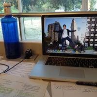 Foto tomada en Biblioteca ETSAB por Sebi el 6/20/2012