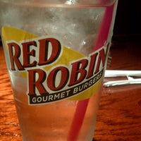 Photo taken at Red Robin Gourmet Burgers by Kimberly G. on 7/21/2012