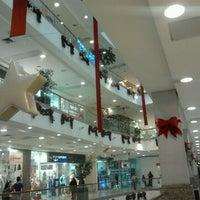 Foto tomada en Mall Plaza Alameda por Verona C. el 11/12/2011