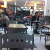 5/20/2011 tarihinde Philipe C.ziyaretçi tarafından Nilópolis Square Shopping'de çekilen fotoğraf