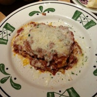 Photo taken at Olive Garden by Brad P. on 8/18/2012