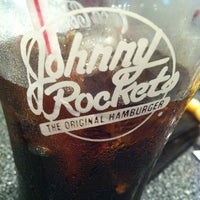 Photo taken at Johnny Rockets by Ohood A. on 9/2/2011