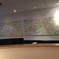 Photo taken at The London Lounge by Viritpol C. on 5/16/2012