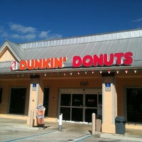Photo taken at Dunkin' Donuts by Sergio R. on 11/13/2011