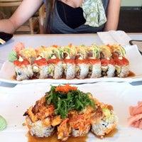 Photo taken at Domo Japanese Restaurant & Sushi Bar by Glenn F. on 8/25/2011